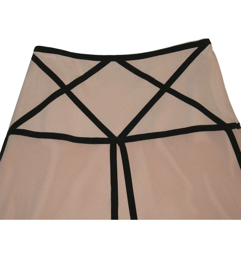 Beautiful Line Flared Skirt