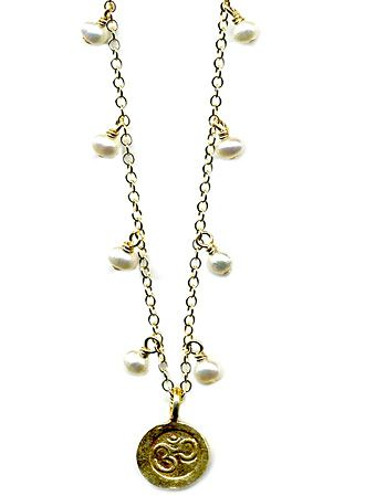 Pearl Drop Ohm Necklace